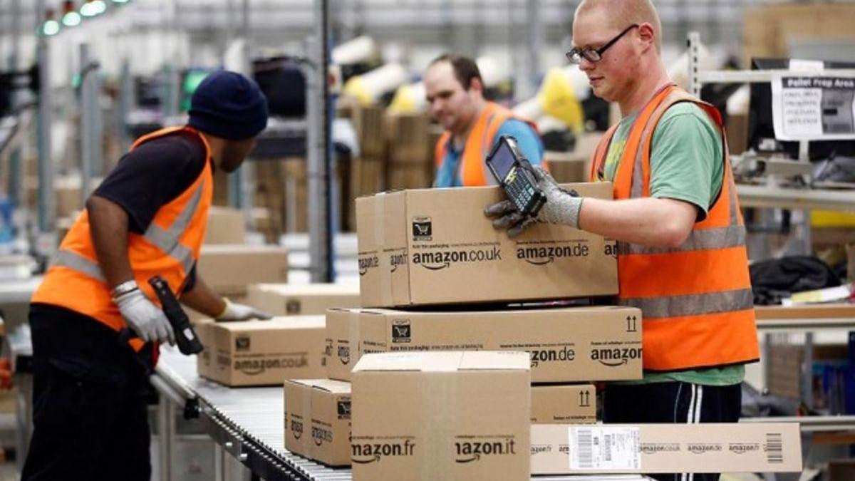 В Amazon пильно стежать чим займаються працівники на робочому місці
