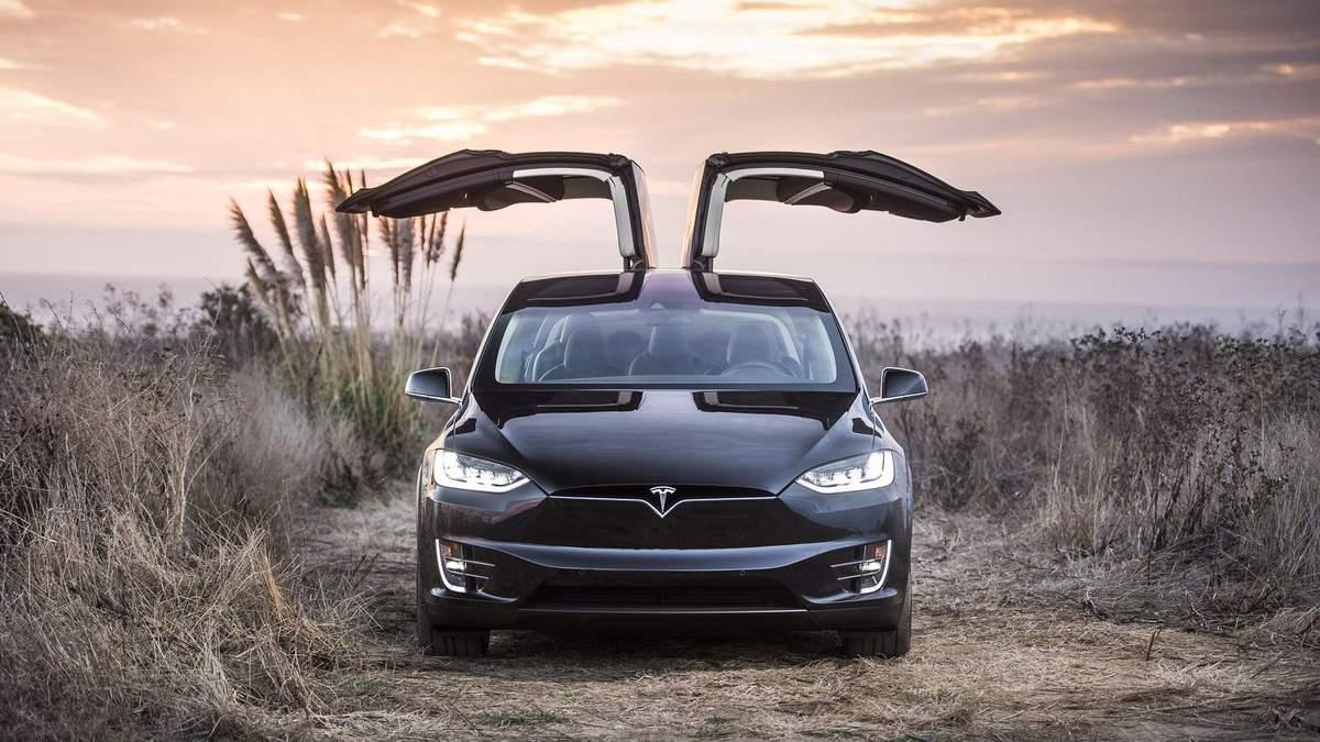Tesla може втратити прибутки