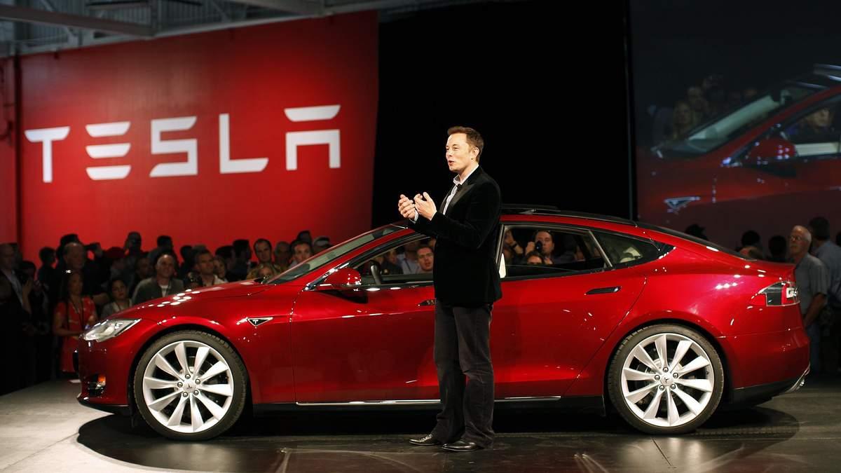Ілон Маск шукає вирішення проблем Tesla