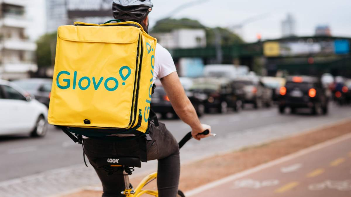 Glovo переходит на круглосуточную доставку в Украину
