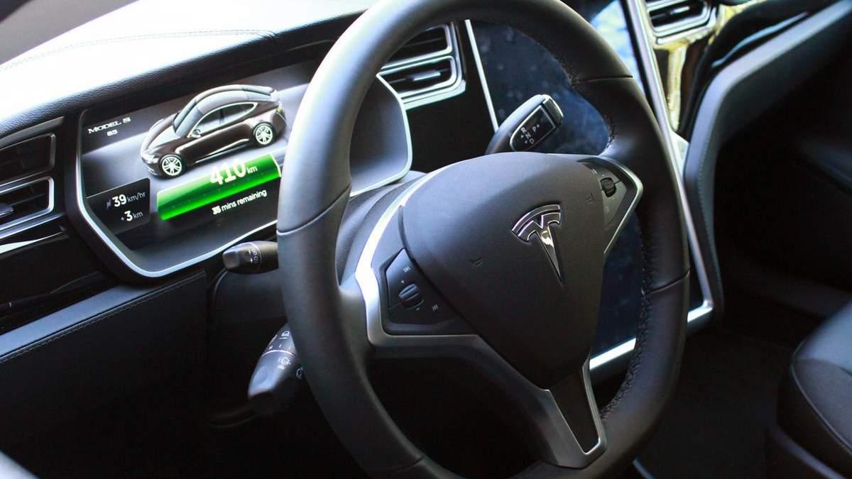 Упіхи Tesla вражають