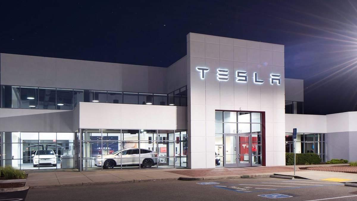 Tesla знову змінює стратегію продажів