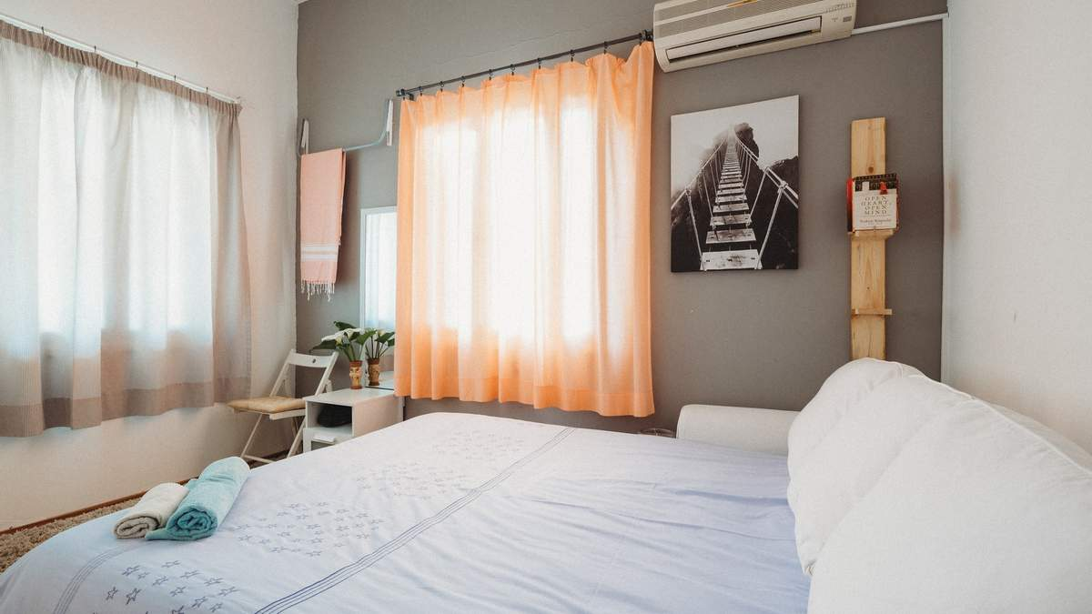 Airbnb предоставит бесплатное жилье беженцам из Афганистана