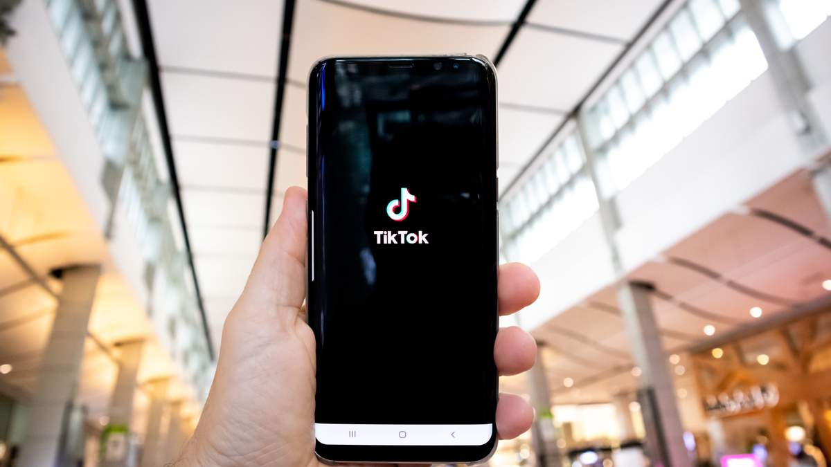 Как и почему люксовые бренды имеют использовать TikTok