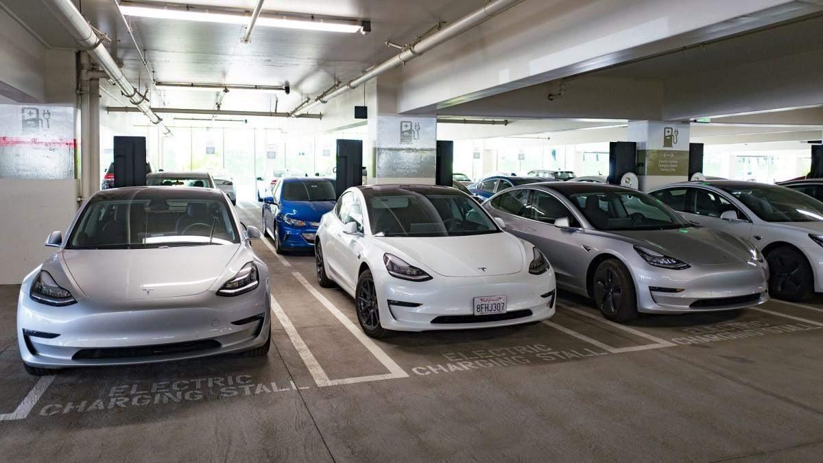 Tesla побила новий рекорд