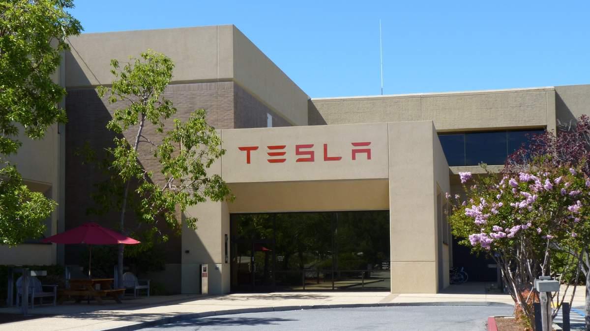 Штаб-квартиру Tesla перенесут в другой штат