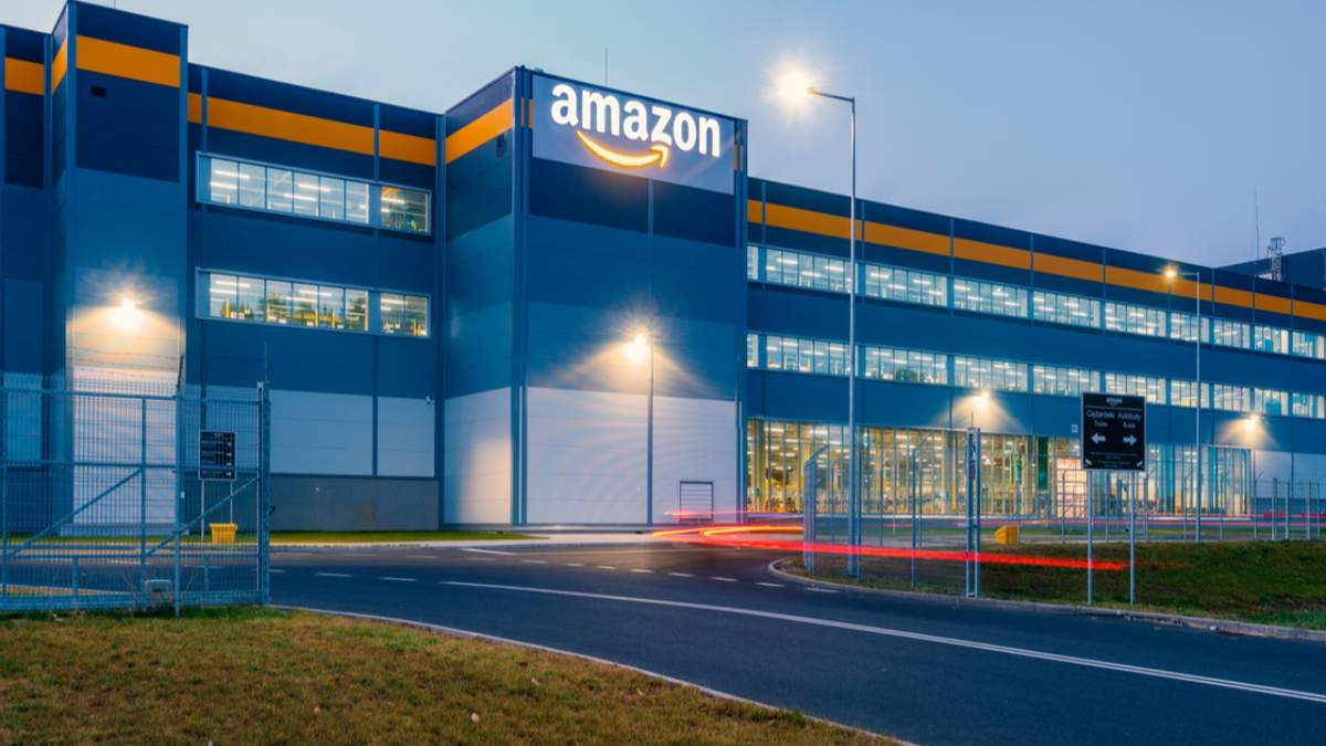 Працівники Amazon самі обиратимуть, скільки днів на тиждень їм виходити в офіс - Бізнес