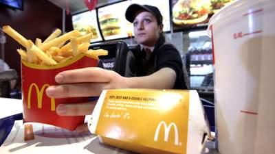 McDonald's повысит зарплату работникам, но не всем