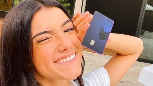 Даже блогеры инвестируют: звезда TikTok вложила деньги в банковское приложение для подростков
