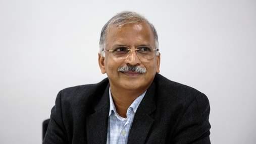 Предприниматель из Индии пополнил ряды миллиардеров: как страсть к химии помогла ему разбогатеть